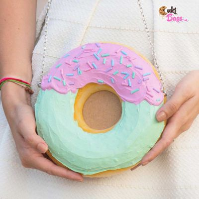 CRAZY FLAMBELOSA MINI DONUT CLUTCH