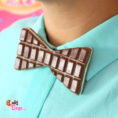 After eight Chocolate filled with minty flavour BOW TIE