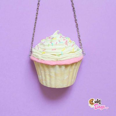 CUTE VANILLA SPRINKLES CUPCAKE PURSE