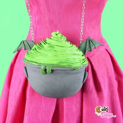 HALLOWEEN Purse - DRIPPY CAULDRON CUPCAKE BAG